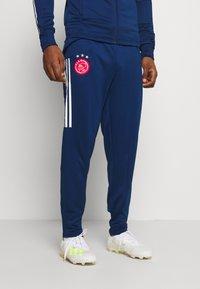 adidas Performance - AJAX AMSTERDAM AEROREADY FOOTBALL TRACKSUIT - Club wear - blue - 2