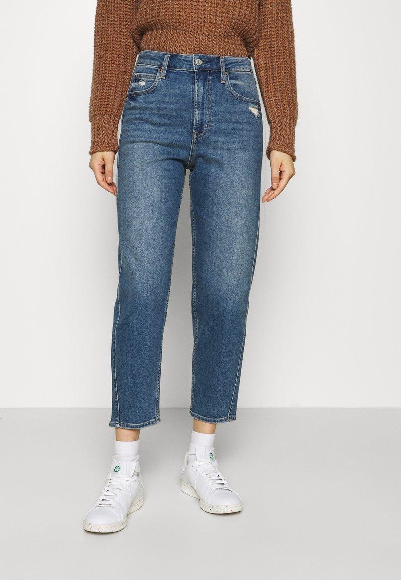 GAP - BARREL - Jeans Tapered Fit - dark indigo