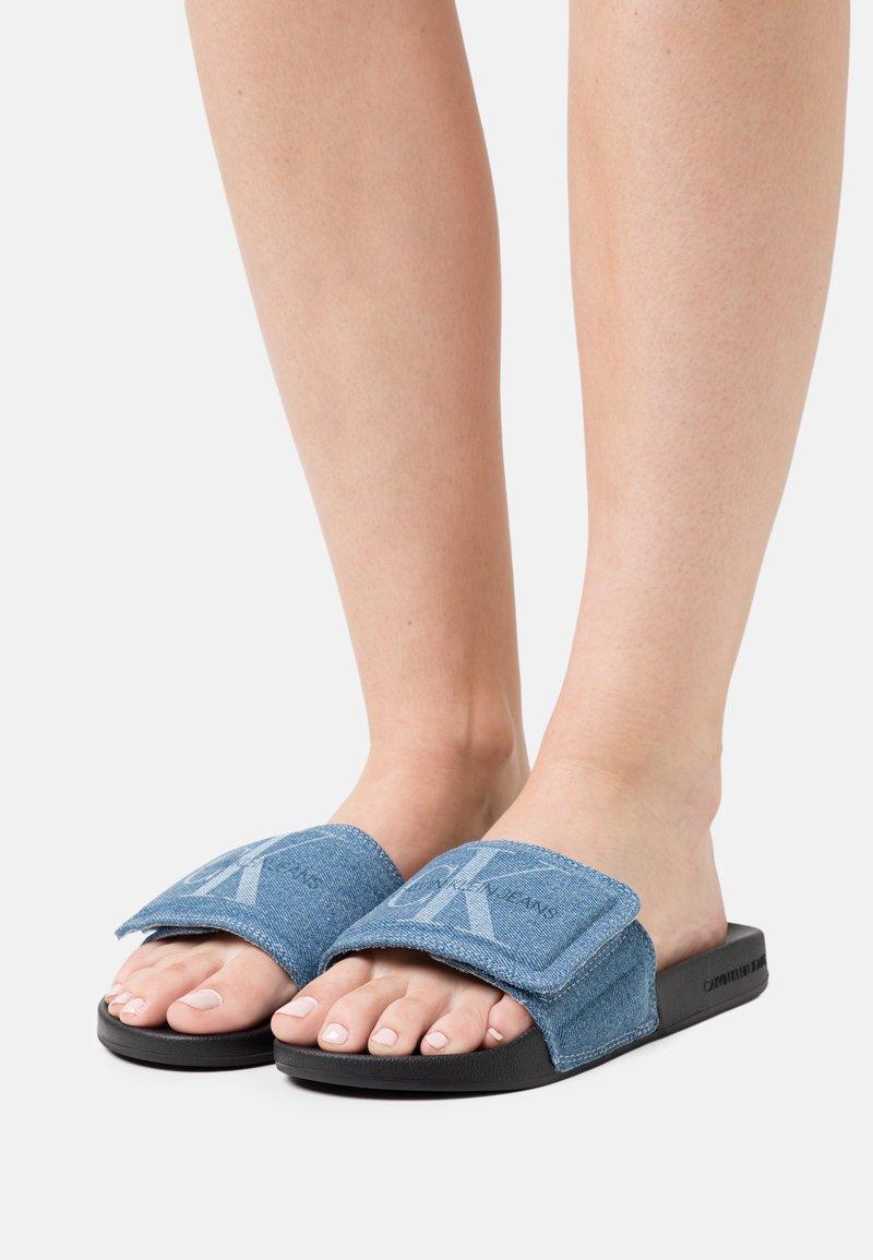 Calvin Klein Swimwear - SLIDE - Pantofle - blue