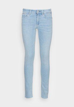 NEW LUZ PANTS - Jeansy Skinny Fit - light blue