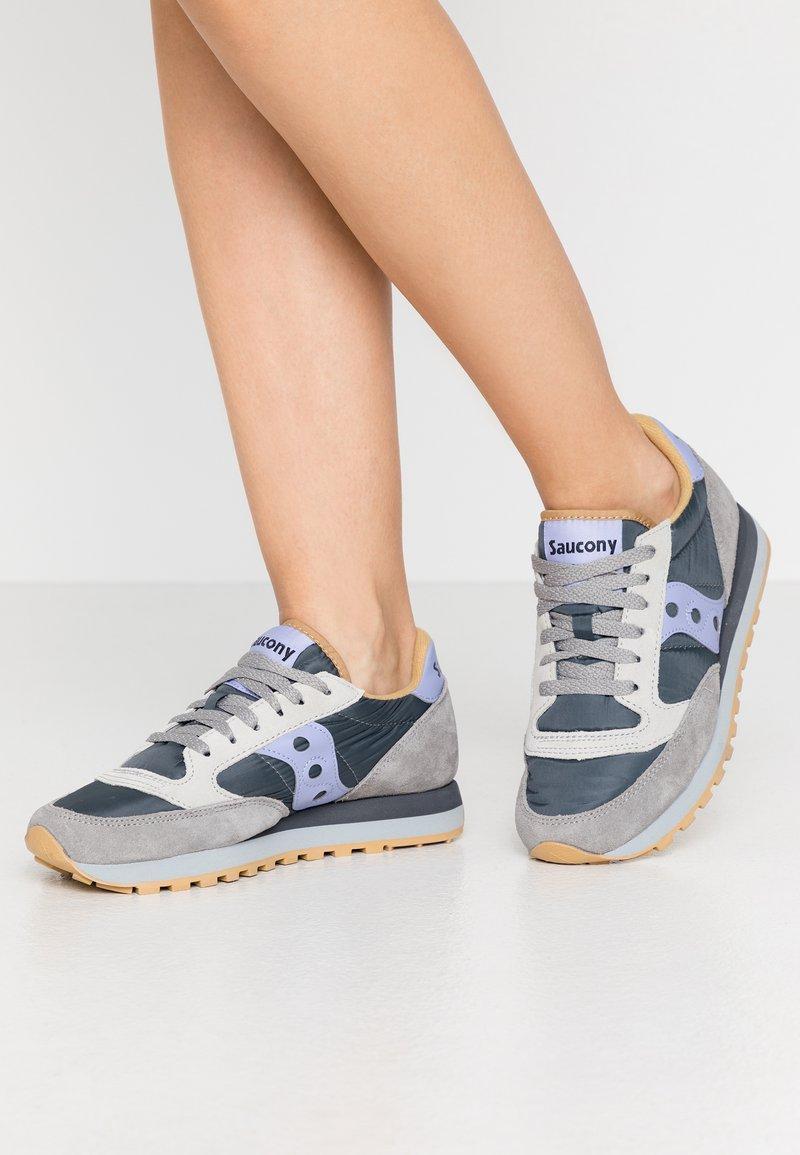 Saucony - JAZZ O' - Sneaker low - wild dove/lilac