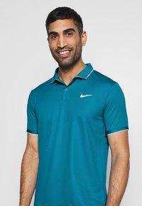 Nike Performance - DRY TEAM - Funkční triko - neo turquoise/white - 3