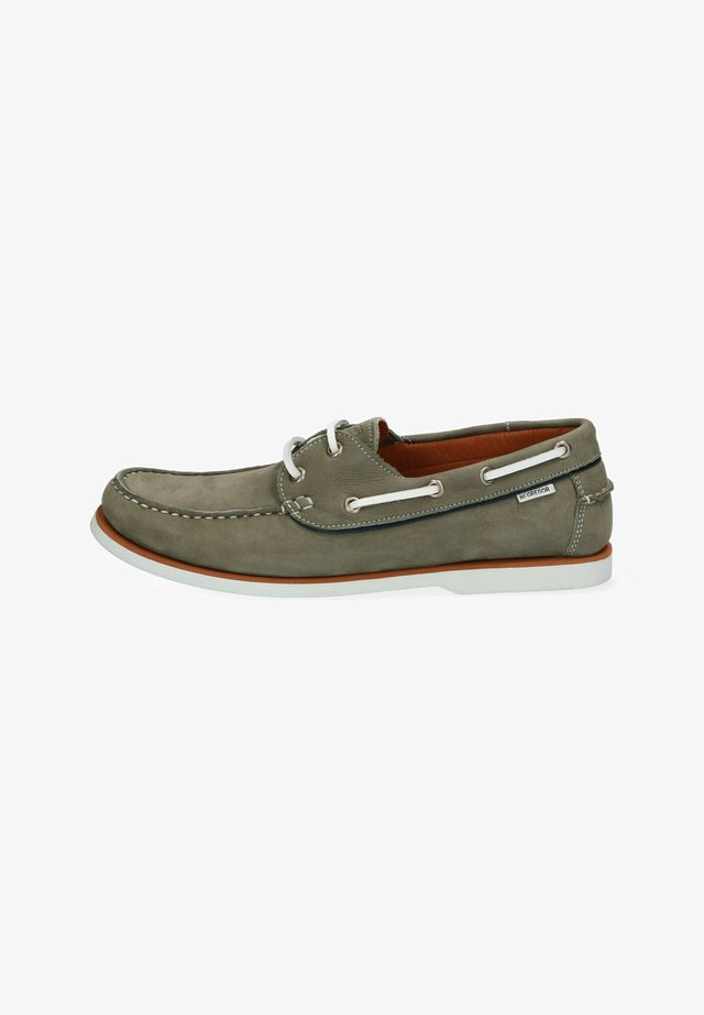 Boat shoes - green