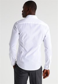 Eton - SUPER SLIM FIT - Camicia elegante - white - 2