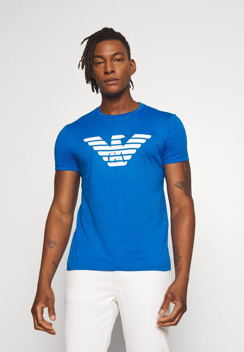 Emporio Armani - T-shirt med print - bluette