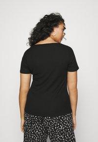 Even&Odd Curvy - T-shirts med print - black - 2
