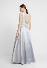 Luxuar Fashion - Společenské šaty - silber/grau - 3
