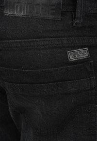 INDICODE JEANS - ALESSIO - Denim shorts - black - 4