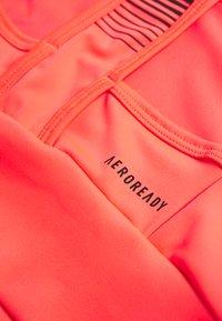 adidas Performance - Sujetadores deportivos con sujeción media - pink/black - 6