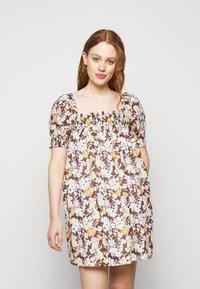 Tory Burch - SMOCKED MINI DRESS - Day dress - lucky meadow - 0