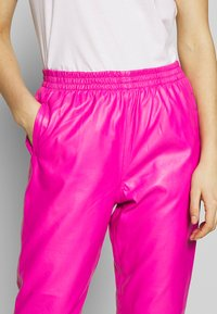 Replay - PANTS - Pantaloni - pink - 4