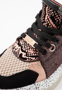 Steve Madden - MESCAL - Sneakers - rose/multicolor - 2