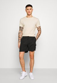 Bellfield - POCKET  - Shorts - black - 1