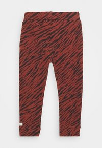 Noppies - SLIM FIT PANTS MANTECA UNISEX - Trousers - mahoganey - 1