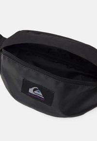Quiksilver - PUBJUG UNISEX - Bum bag - true black - 2