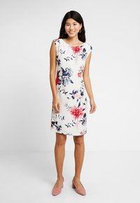 Betty & Co - Cocktail dress / Party dress - white/red - 1