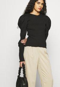 ALIGNE - DAPHNE - Trousers - sand - 3