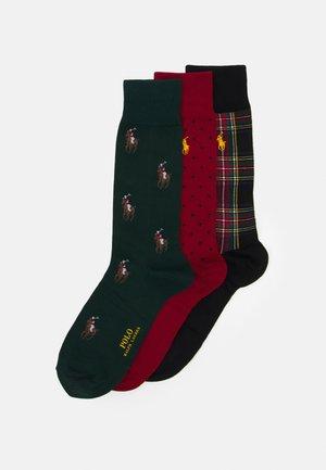 CREW SOCK GIFT BOX 3 PACK UNISEX - Socks - red/black/green