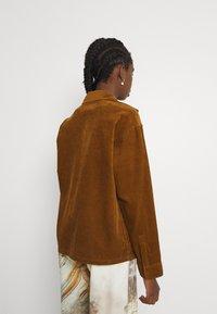 Carhartt WIP - FOY JAC - Summer jacket - tawny - 2