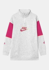 Nike Sportswear - Sudadera - birch heather/fireberry - 0