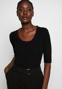 Selected Femme - SLFMARGE DEEP O-NECK - Cardigan - black - 3