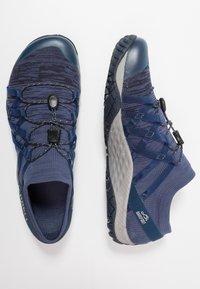 Merrell - GLOVE 4  - Trail running shoes - denim - 1