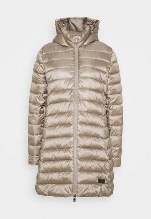 Zimní kabát - champagne