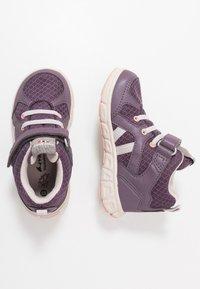 Viking - ALVDAL MID GTX - Hiking shoes - purple/light lilac - 0