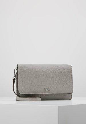 MOTTPHONE CROSSBODY - Sac bandoulière - pearl grey