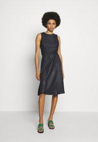 Lauren Ralph Lauren - WOODSTCK FOIL DRESS - Day dress - navy/silver - 1