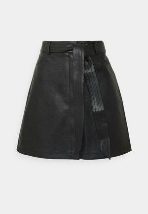 BELTED MINI SKIRT - Miniskjørt - black