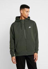 Nike Sportswear - CLUB HOODIE - Zip-up sweatshirt - sequoia - 0