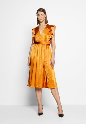 PLUNGE RUFFLE MIDI DRESS - Cocktailkjole - marigold