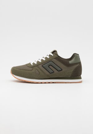 Sneakers - dusty olive