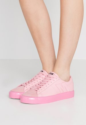 SCARPA DONNA SHOES - Sneaker low - pink