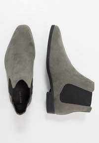 Pier One - Classic ankle boots - grey - 1
