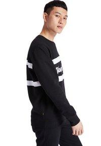 Timberland - CUT AND SEW CREW - Sweatshirt - black - 2