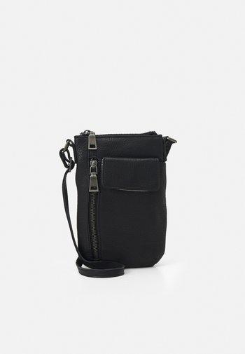 MOBILI - Across body bag - black