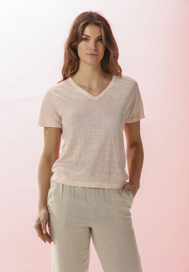 LELIA - Basic T-shirt - light blush
