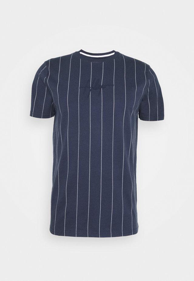 SCRIPT LOGO  - T-shirt imprimé - navy stripe