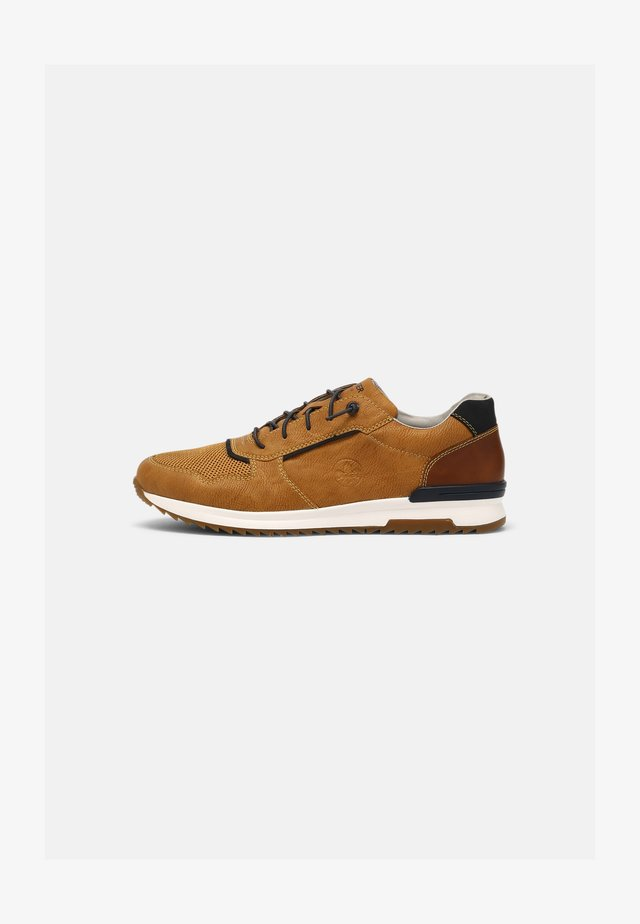 Sneakers laag - wheat/pazifik/amaretto