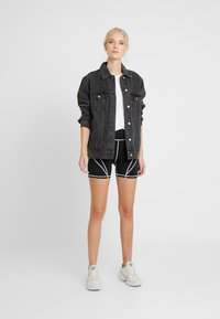 Missguided Tall - PANEL CYCLING - Shorts - black - 1