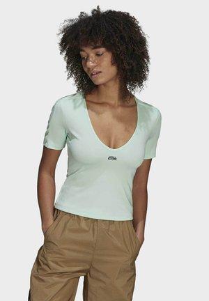 TEE - Basic T-shirt - green
