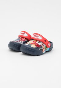 Crocs - CROCS MARVEL AVENGERS PATCH - Sandály do bazénu - navy - 1