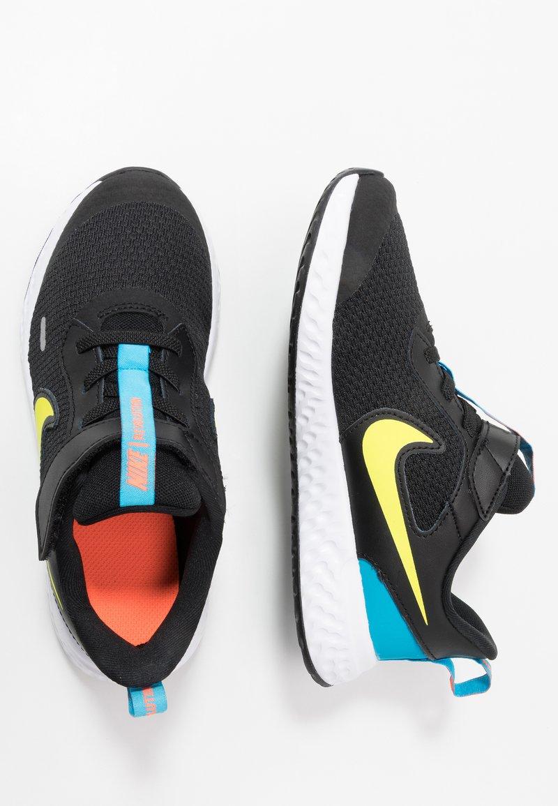 Nike Performance - REVOLUTION 5 UNISEX - Obuwie do biegania treningowe - black/lemon/laser blue/hyper crimson/white