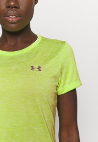 Under Armour - TECH TWIST - Basic T-shirt - lime fizz - 5