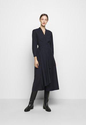 FUMATO - Denní šaty - nachtblau