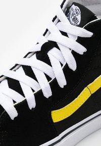 Vans - SK8 - Zapatillas altas - black/blazing yellow/true white - 5