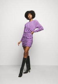 Iro - NONIE DRESS - Koktejlové šaty/ šaty na párty - lavender - 1