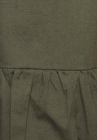 Glamorous Curve - TIE SLEEVE SMOCK DRESS - Day dress - khaki - 4